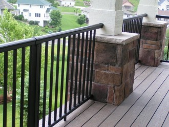 LaCrosse-Proj-level-rail-front-porch-PICT3025-330x248
